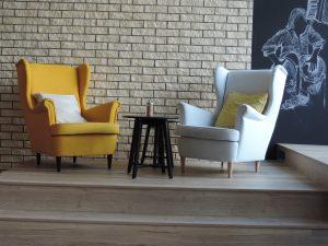 armchair-1593946_1920